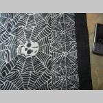 šatka veľká so vzorom smrtka-pavučina 100%bavlna 100x100cm