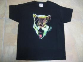 Vlk čierne pánske tričko 100%bavlna  značka Fruit of The Loom