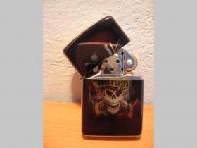 Guns N Roses  benzínový zapalovač s vypalovaným obrázkom (balené v darčekovej krabičke)