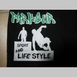 Parkour Sport and Lifestyle  čierne teplákové kraťasy 100%bavlna značka Fruit of The Loom