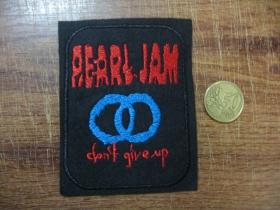 Pearl Jam vyšívaná nášivka.