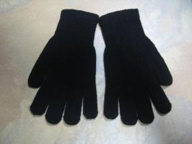 Zimné rukavice, čierne jemne pletené  100%akryl, univerzálna veľkosť