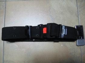 Nylónový opasok typu US s rýchlozapínacím plastovým systémom,čierny, nastaviteľná dlĺžka, šírka 5,5cm