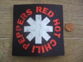 Red Hot Chili Peppers ofsetová nášivka po krajoch neobšívaná cca. 9x9cm