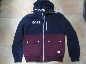 A.C.A.B.  bunda jeseň/zima mierne zateplená nepremokavá, vetruvzdorná  posledný kus veľkosť M