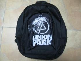 Linkin Park, ruksak čierny, 100% polyester. Rozmery: Výška 42 cm, šírka 34 cm, hĺbka až 22 cm pri plnom obsahu