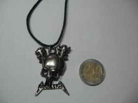 Meallica  kovový chrómovaný prívesok na krk na plastikovej šnúrke s kovovým zapínaním