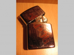 AC/DC Black Ice  doplňovací benzínový zapalovač s vypalovaným obrázkom (balené v darčekovej krabičke)
