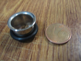 Tunel s čiernym gumovým krúžkom materiál chirurgická oceľ priemer 13mm