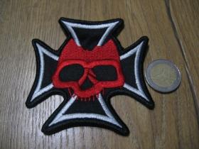 Lebka - smrtka - skull kríž - nažehľovacia vyšívaná nášivka (možnosť nažehliť alebo našiť na odev) rozmery: 8,5 x 8,5cm materiál100%bavlna