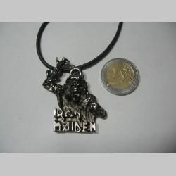 Iron Maiden  kovový chrómovaný prívesok na krk na plastikovej šnúrke s kovovým zapínaním