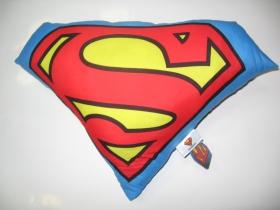 Superman vankúš rozmery cca. 40x40cm materiál povrch 100%bavlna, materiál vnútro 100%polyester