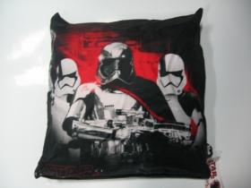 Star Wars - The last Jedi vankúš rozmery cca. 40x40cm materiál povrch 100%bavlna, materiál vnútro 100%polyester