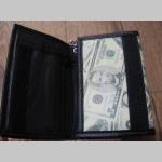 """"""" Doláre """"  peňaženka s retiazkou a karabínkou, materiál: imitácia kože, rozmery: 13x9x2cm"""