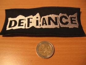 Defiance,  vyšívaná nášivka