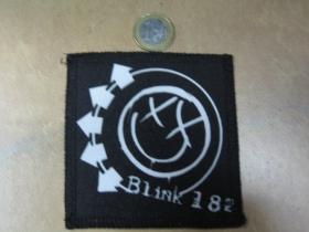 Blink 182 ofsetová nášivka po krajoch obšívaná cca. 9x9cm