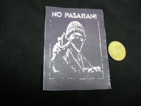 No Pasaran!  nálepka 10x7cm