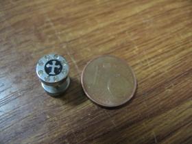 """krížik  """"falošný tunel"""" priemer 8mm, materiál chirurgická oceľ cena za 1ks!"""