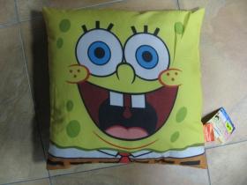 Sponge Bob vankúš rozmery 40x40cm materiál 100%polyester