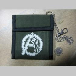 Anarchy päsť olivová textilná peňaženka s retiazkou a karabínkou