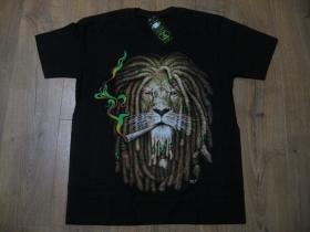 čierne hrubé pánske tričko RASTA LION WITH DREADLOCKS s obojstrannou potlačou materiál 100% bavlna