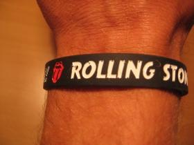 Rolling Stones, pružný gumenný náramok s vyrazeným motívom
