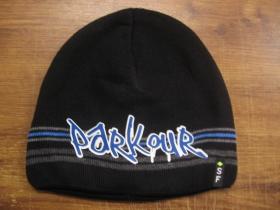 Parkour čierna pletená čiapka stredne hrubá vo vnútri naviac zateplená, univerzálna veľkosť, materiálové zloženie 100% akryl