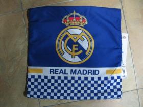 Real Madrid obliečka na vankúš rozmery 40x40cm  materiál: 100%bavlna