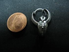 náušnica s ornamentom široká, priemer cca.14mm (cena za 1pár)