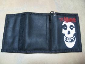 Misfits, textilno-plastiková peňaženka s retiazkou a karabínkou