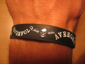 Avenged Sevenfold, pružný gumenný náramok s vyrazeným motívom