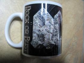 AC/DC porcelánový pohár - šálka s uškom, objemom cca. 0,33L