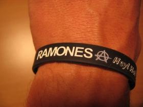 Ramones, pružný gumenný náramok s vyrazeným motívom