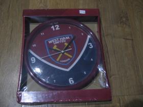 West Ham United nástenné plastové hodiny s pohonom na tužkovú baterku priemer 24cm
