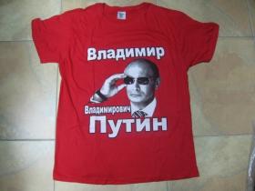 Vladimir Vladimirovič Putin červené pánske tričko materiál 100%bavlna