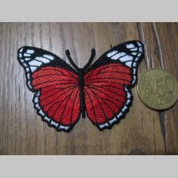 Motýľ nažehľovacia nášivka vyšívaná (možnosť nažehliť alebo našiť na odev) cca. 7,5x5,5cm
