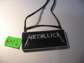 Metallica kovový chrómovaný prívesok na krk na šnúrke