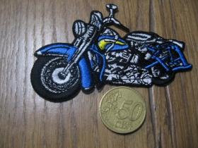 Motorka - Chopper Harley nažehľovacia nášivka vyšívaná (možnosť nažehliť alebo našiť na odev) cca. 9x6cm