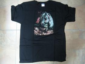 Kôň  čierne pánske tričko 100%bavlna
