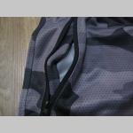 Pánske kraťasy NIGHTCAMO  v športovom strihu s dvoma bočnými vreckami na zips, jedno zadné vrecko, elastický pás so sťahovacou šnúrkou, materiál 100% polyester