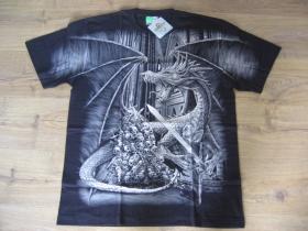 """Drak """" TATTOO """" čierne pánske tričko """" Full Print """" materiál 100% bavlna posledný kus veľkosť XL"""