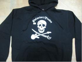 Edelweiss Piraten,  čierna pánska mikina s kapucou 65%bavlna 35%polyester