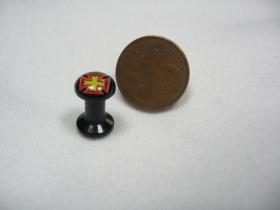 Kríž, čierny plastový tunel s vnútorným priemerom  4mm cena za 1ks!!!