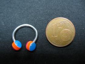 """Piercing """"čerešňa"""" s akrylovými guličkami, celkový priemer 15mm, hrúbka tyčky 1,5mm"""