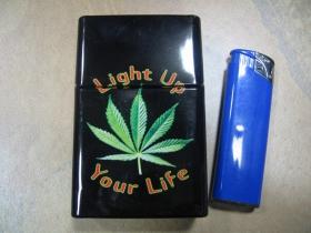 GANJA - Light Up Your Life plechové púzdro - obal na cigarety