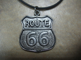 Route 66 chrómovaný prívesok na krk na plastikovej šnúrke s kovovým zapínaním